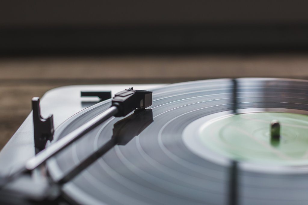 record playing music